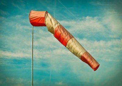 Actuar durante fuertes rachas de viento